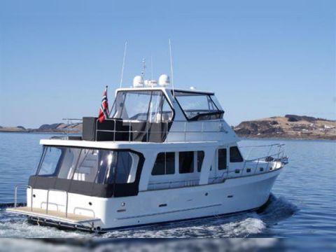 Explorer Motor Yachts 50 Sedan For Sale Daily Boats Buy Review Price Photos Details