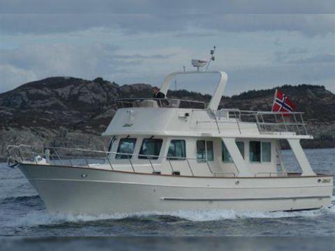 Explorer Motor Yachts 36