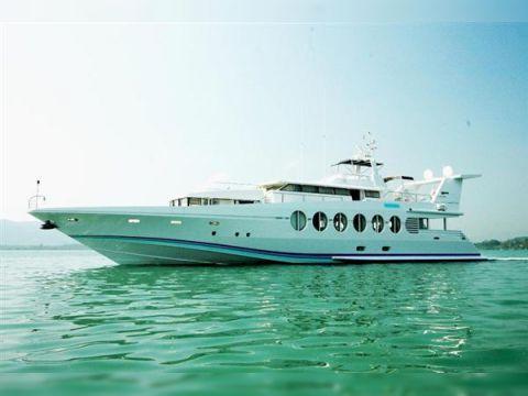 Oceanfast Tri-Deck Motor Yacht