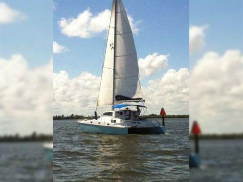 CSK Sail Cat