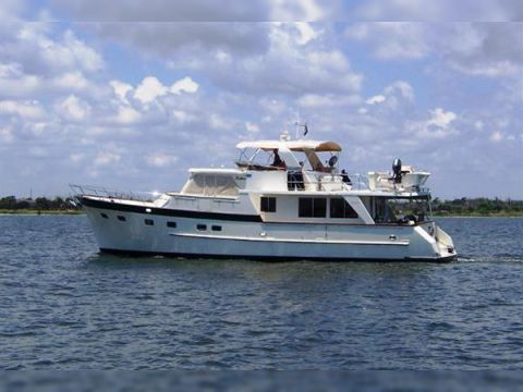 Grand Alaskan Raised Pilothouse