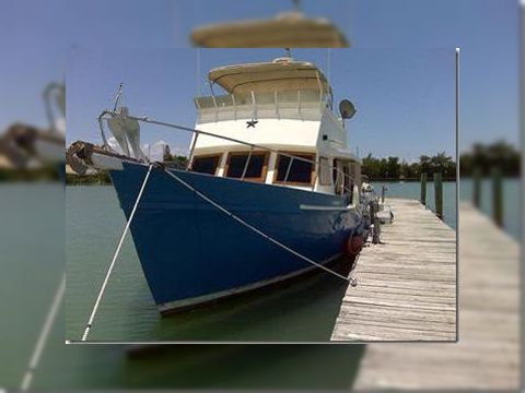 LINDSEY Sedan Trawler