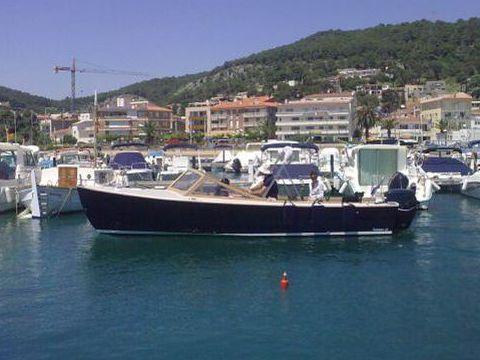 Tag Yachting Bahama 23