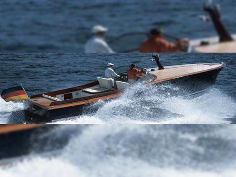 Dübbel & Jesse Powerboat 33