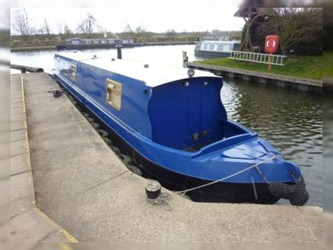 Cruiser Stern Narrow Boat