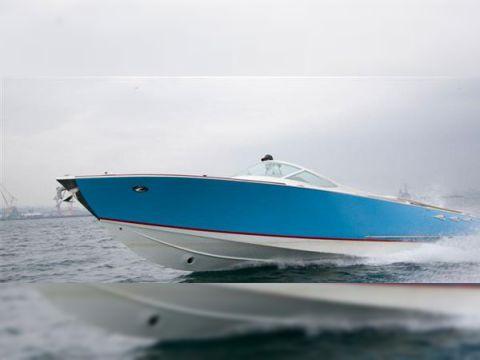 Yuka 10 M Cruiser