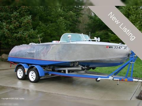 Valco 21 Runabout