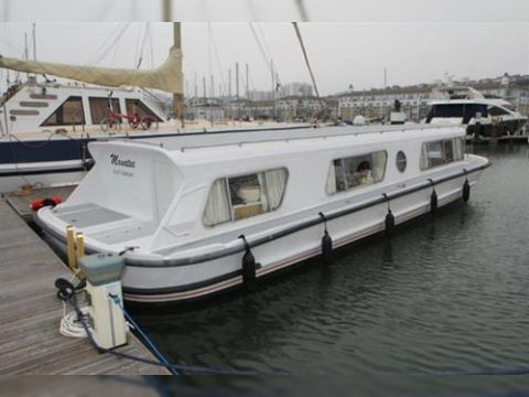 Broads Cruiser For Sale Daily Boats Buy Review Price Photos Details