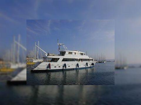 Chantier Naval de Marseille Motor Yacht