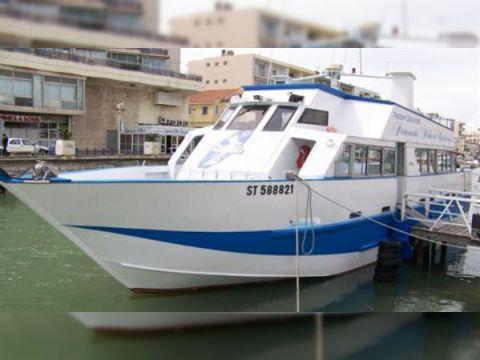 Pichavant Entertainment Boat
