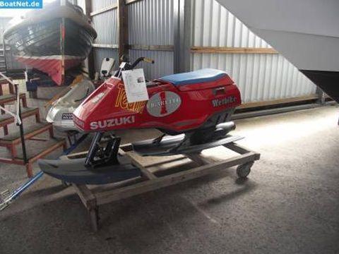 Suzuki Wetbike