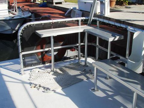 how to buy boats from insurance companies
