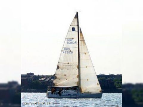 Seaquest Prima 38 Racing Cruiser