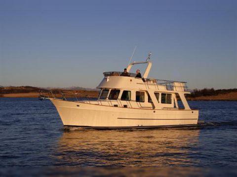 Explorer Motor Yachts 40
