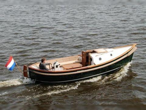 Wilhelmina Sloep 730