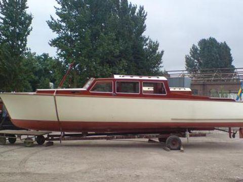 Iversen Salonboot