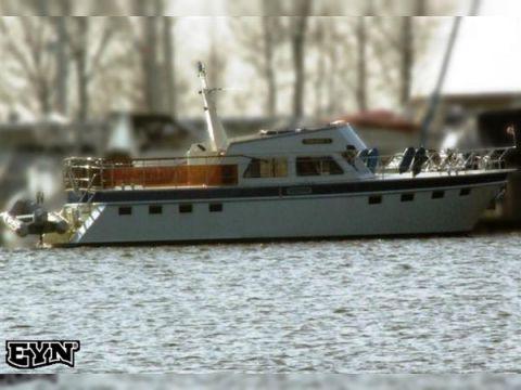 Stevens Nautical Columbus Cruiser