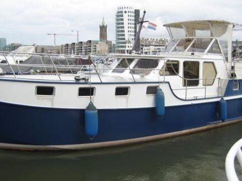 Stevens Nautical Bakdekkruiser