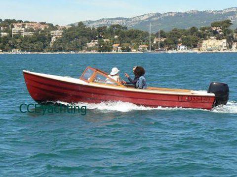 Tag Yachting Bahama 20