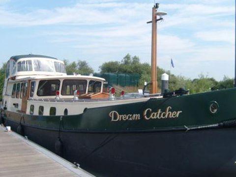 Walker Boats Cruiser Barge