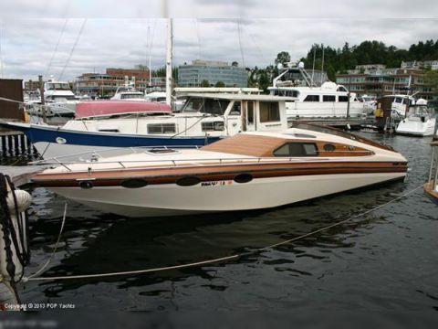 Sleekcraft 36 Commodore