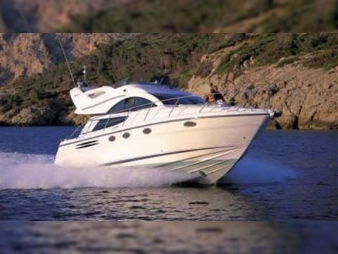 Fairline PHANTOM 40'