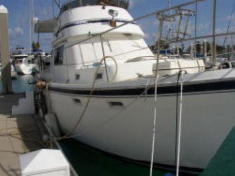 Gulfstar Sundeck Trawler