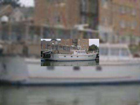 Fleur De Lys 58 Motor Yacht