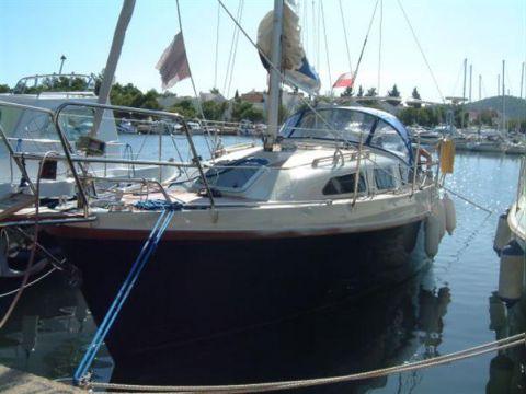 Bora 838