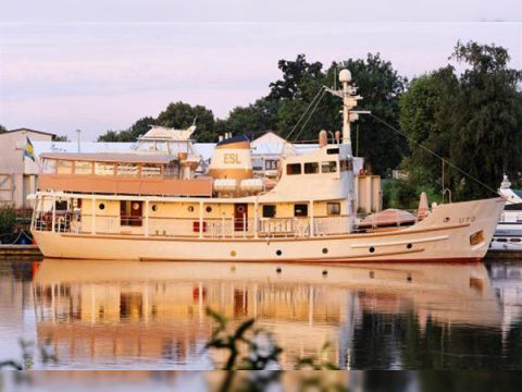 VALMET SHIPYARD FINLAND EXPLORATION BEAUTY YACHT