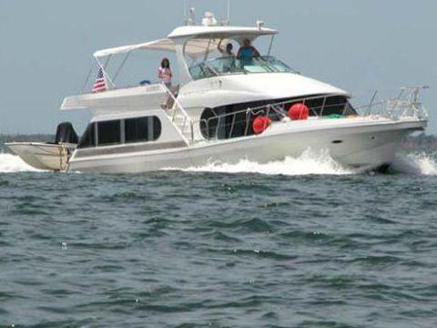 Bluewater Yachts - Diesel Cruiser