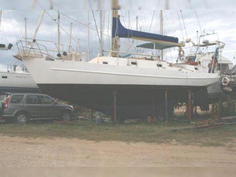 Adams Yacht 40