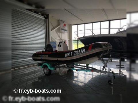 Bombard Explorer 470