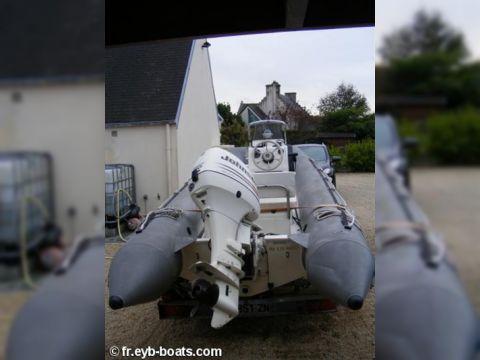 Bombard Explorer 485
