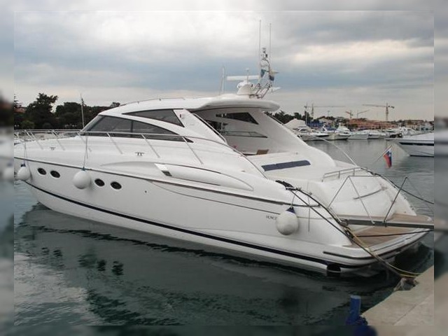 Grand banks motor yachts 42 classic for sale daily boats for Grand banks motor yachts for sale
