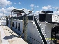 Catamaran Cruisers House Boat