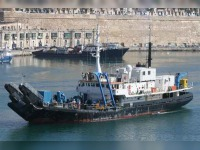 RESEARCH/SALVAGE BOAT