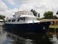 Breaux Baycraft Raised Pilothouse