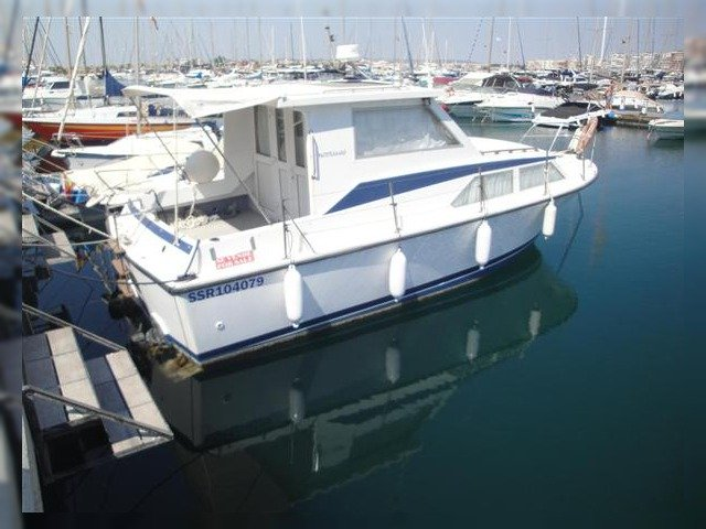 Colvic Traveller 28 for sale - Daily Boats | Buy, Review ...