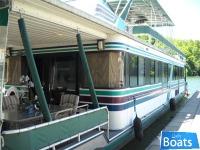 Sumerset Houseboats