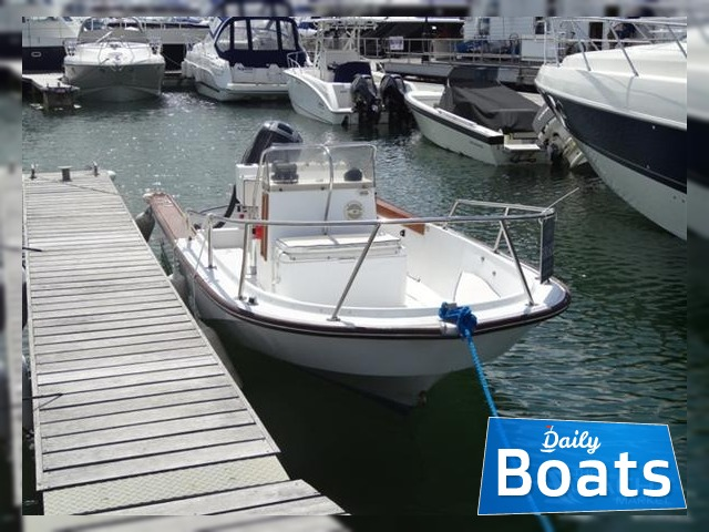 Buy Boston Whaler 18 Outrage | Boston Whaler 18 Outrage for sale